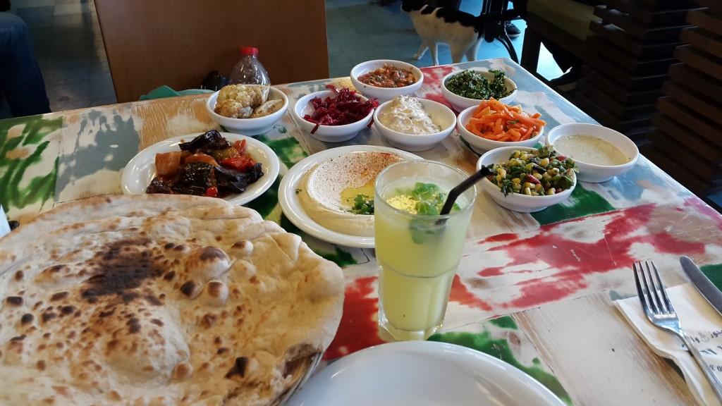 """Обед в ресторане """"Старик и море"""" в Яффо"""
